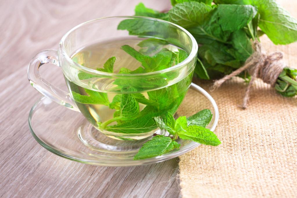Полезные чаи листовые
